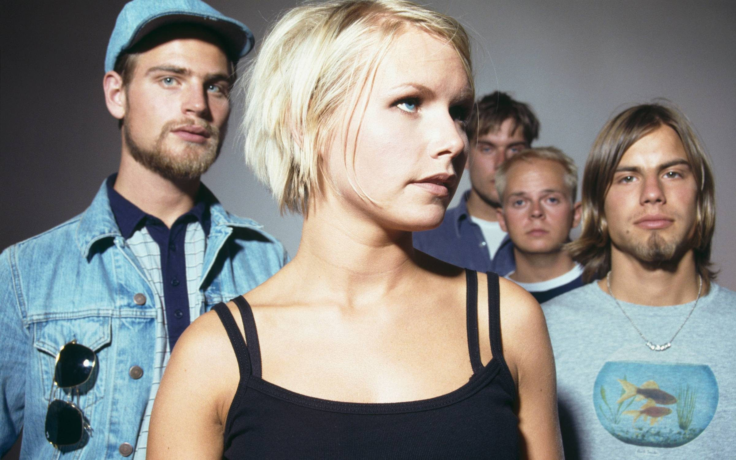 Swedish pop group The Cardigans, circa 1997. Credit: Andy Willsher/Redferns/Getty Images