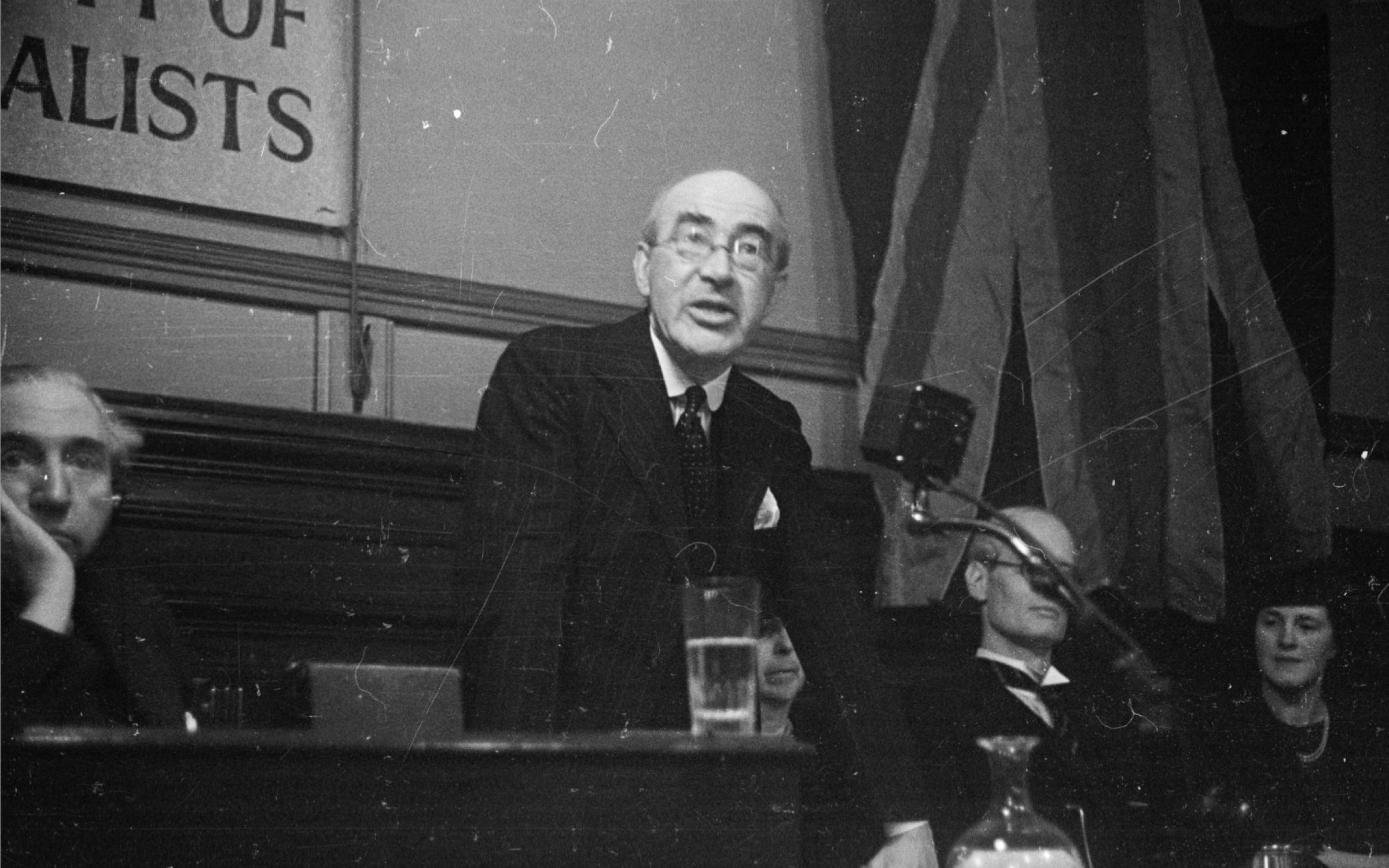 Sir Ernest Benn, speaking here in 1943, as President of the British Society of Individualists. Credit: Kurt Hutton/Picture Post/Hulton Archive/Getty Images.
